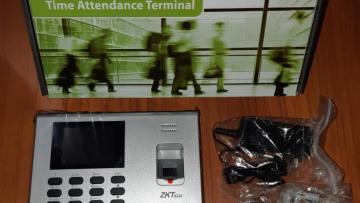 Utilización del Reloj marcador biométrico